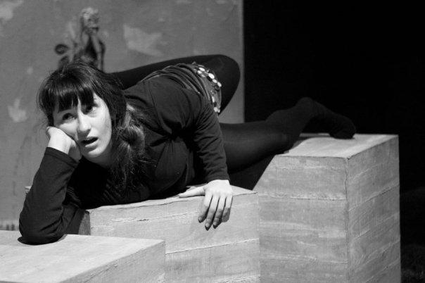 Jessica Hernandez en los ensayos de El sueño de una noche de verano interpretando a Titania